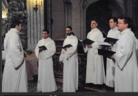 Honorary guest at the Budapest Spring Festival - concert of Schola Gregoriana Pragensis in St. Michael's Church, Budapest 2004