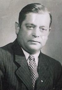 Her father Jaroslav