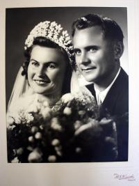 Wedding photograph - 1950