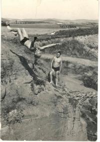 Skok v lomu, 60. léta