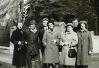 S bývalými zatčenými  spolužáky 1982