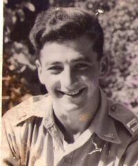 Petr Bachrach jako poručík