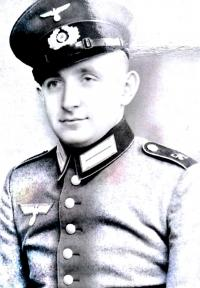 Contemporary portrait of Jan Gomola wearing the Wehrmacht uniform