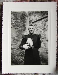 Valérien Ignatovich, graduation 1954