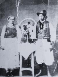 husbanad and wife Martak