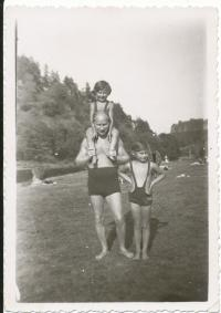 By Sázava river with father and sister
