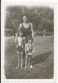 By Sázava river with mother and sister