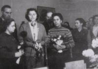 Dagmar během tlumočení roku 1954