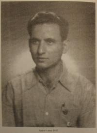 Zwi Batscha in 1947