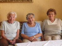 Eva Roubičkova, Margit Nováková, Ilsa Maier, tři Židovky, které prošli Terezínem roz. Mändel v roce 2009
