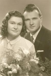 Wedding photograph - Irma Stelčovská and Ladislav Nedoma, 1949