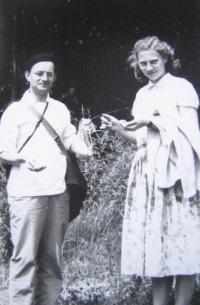 Z. Schubertová with pastor B. Klásek