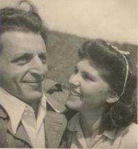 Milos a Zuzana Dobří-wedding trip