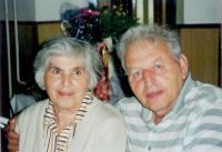 Zuzana_a_Miloš_Dobří_-_1999_-_50_let_po_svatbě