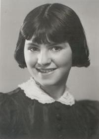 Zuzana_Beckmannova_-_15.4._1939
