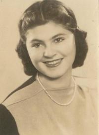 Zuzana_Beckmannova_-_prosinec_1945