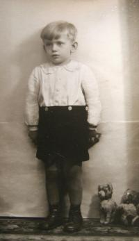 Pavel Hlaváč in 1942