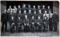 Účastníci kurzu pro mechaniky a elektrikáře - 1943