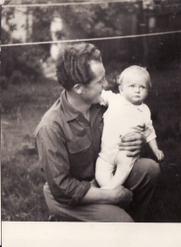 Miroslav Hampl with his doughter, Miroslava - 1956