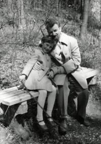 Riesel Petr - s dcerou Hanou cca 1980