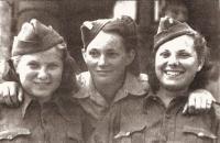 Prague 17th May 1945, Věra Binevska, Jarmila Kaplanova, Silvie Laštovičkova