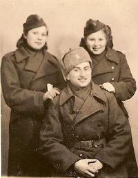 With commander Gutman 1944, Silvie Lastovickova and Vera Binevska