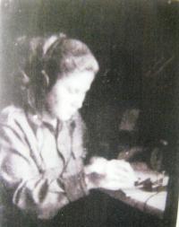 Vera Biňevska as a telegraphist