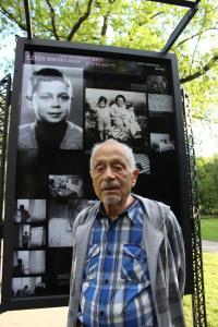 Asaf Auerbach at exhibition Winton trains in Prague - 2014