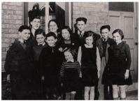 England, Wintons children with Mrs. Daschova