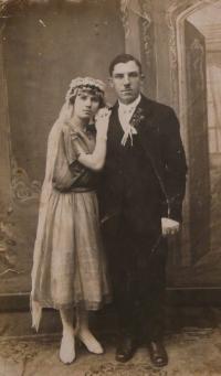 Rodiče Niny Bilijenkové - svatební foto