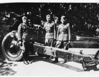 1. oddíl, 1. československá samostatná brigáda (úplně v levo jako dělovod Vasil Derďuk