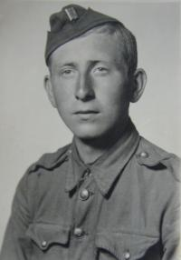 Vladimír Beran in Czechoslovakian army troop (builder´s company- Prague 1945)