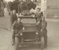 Before the departure to Žatec (Lída Réblová, Family Kozak, Jarkoslav Prokůpek)