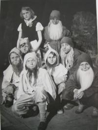 Life at Volhynia - children's theater