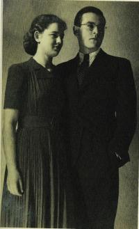 With first husband Bedřich Stern, 1940