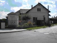 Rodný dům v Zásmukách (2007)