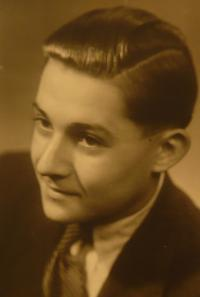 Benno Beneš - young age