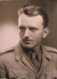 Zbyněk Bezděk as an aspirant at the officer's school in Bruntál - 1946