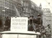 1968, srpen, Václavské náměstí, demonstrace proti okupantům