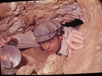 V mládí se pamětník řadu let věnoval speleologii
