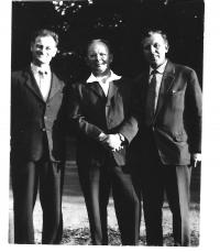 Bauer with friends in 1962