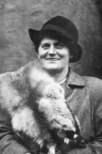 Erika Bednářová's mother - Žofie Rotter, 1937