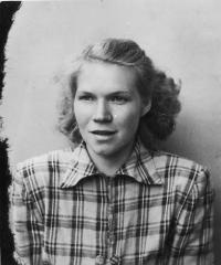 Erika Bednářová (Rotterová) in 1955