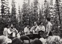 Jožka Fičo's band, 1986 (L. Goral first from the right)