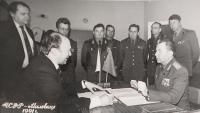 With Vladimír Remek, Czechoslovak astronaut, in Milovice, 1990. The signing of a protocol about the handover of the museum to Remek's fund