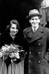 Wedding picture of Hana and Aleš Bořkovec in 1946