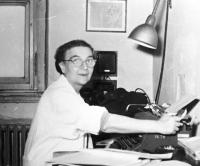 Hana´s mother Renata at work in the Physiological Institute of the Academy of Sciences