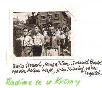 May 1945 - lining up at the pub - Boža Strauch, Honza Tůma, Zdeněk Streubel, in the back Míra Hejl, Jirka Bischof, Véna Propilek