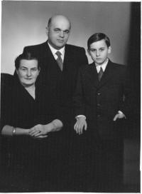 Tomáš Halík with his parents in 1958