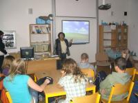 Emilie Machálková tells her story to the students of ZŠ Jarošova in Brno (2010)